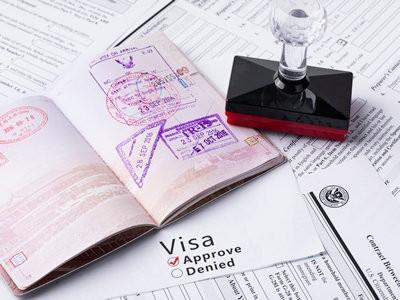 出国旅游,护照和签证缺一不可吗?